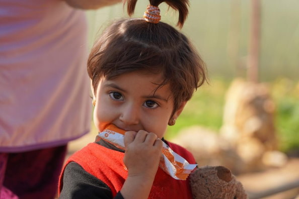 WFP/Hussam Al Saleh; malnourished child receiving support under a supplementary feeding programme. Food prices in Syria have hit record highs with prices of basic foods increasing by a staggering 251 percent in the last year alone. Families are finding it hard to meet their basic needs after years of conflict and will struggle to access enough food in 2021.
