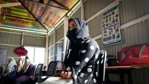 バングラデシュ:「私の卒業式の日、他の女の子は結婚を余儀なくされています」