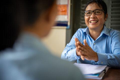 学校給食の日―カンボジアの子どもたちに力を与える校長先生