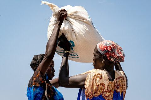 飢きんの警告:飢餓、栄養失調、そしてもう一つの致命的なパンデミックに対する国連WFPの取り組みについて