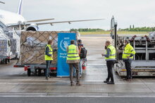 Photos: Pixel Prod, A WFP-contracted Boeing 757 cargo flight being prepared to depart the newly-established Global Humanitarian Response Hub in Liège, Belgium carrying almost 16 mt of medical cargo and personal protective equipment such as masks and gloves on behalf of UNICEF and ICRC destined for Burkina Faso and Ghana.