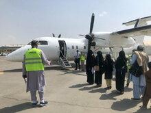 タリバンがアフガニスタンの首都を掌握後初めての人道支援航空がカブールに到着